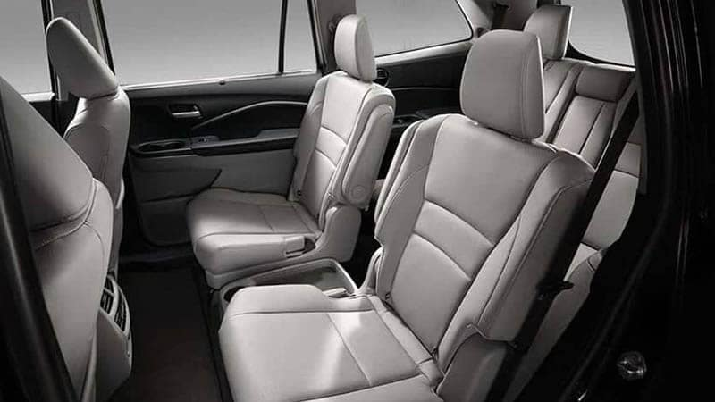 2019 Honda Pilot 2nd Row Captain Leather Seats