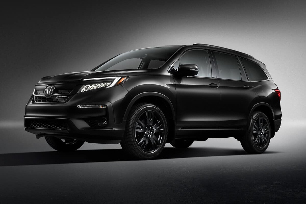 2020 Honda Pilot Exterior Black Edition Front Angle Driver Side Studio Location