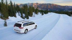2017 Toyota Sienna Snow