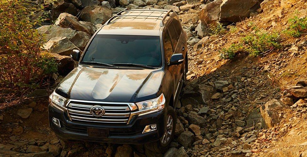 2017 Toyota Land Cruiser Technology Multi Terrain Select