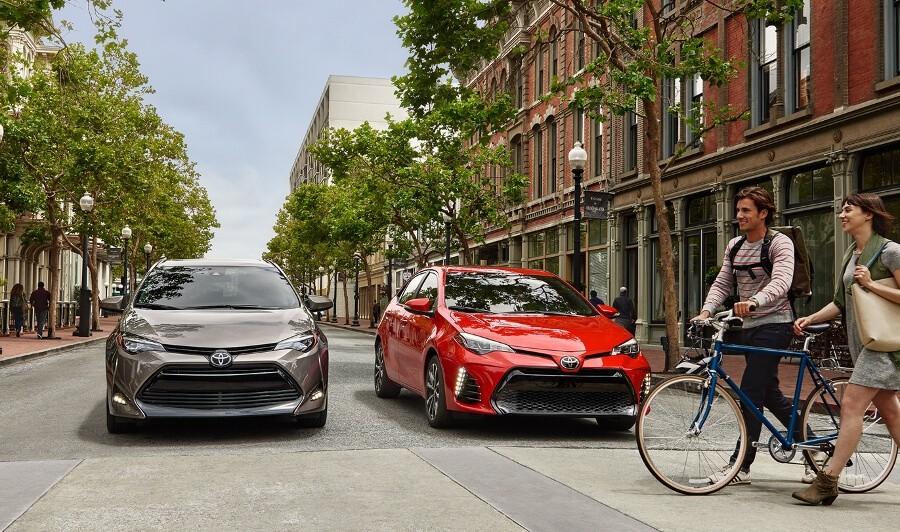 2017 Toyota Corolla trims on street