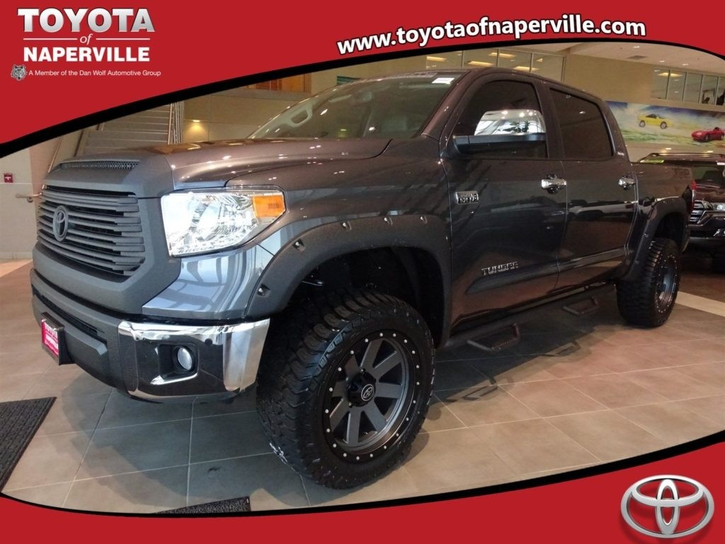 New 2017 Toyota Tundra Limited 4D CrewMax