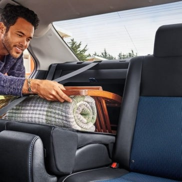 2018 Toyota Corolla rear folding seat