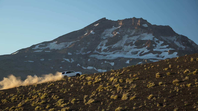 2018 Toyota 4Runner Uphill