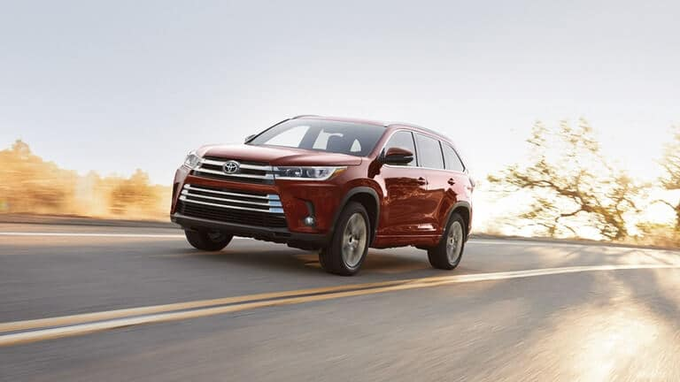 2018 Toyota Highlander on the highway