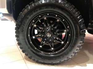2014 Gray Cruiser Custom Toyota of Naperville Tire