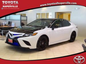 New 2018 Toyota Camry SE 4D Sedan Toyota of Naperville