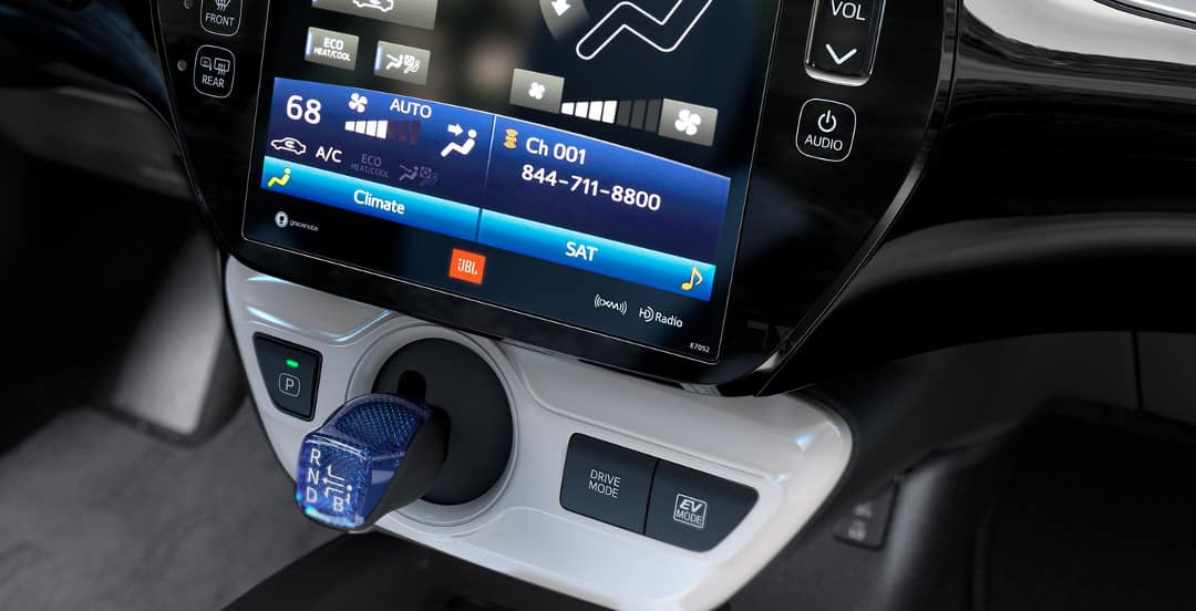 2018 Toyota Prius Interior Tech