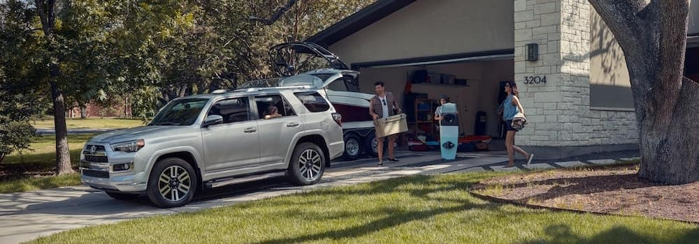 How to Use and Customize Your Toyota Power Liftgate | Toyota of