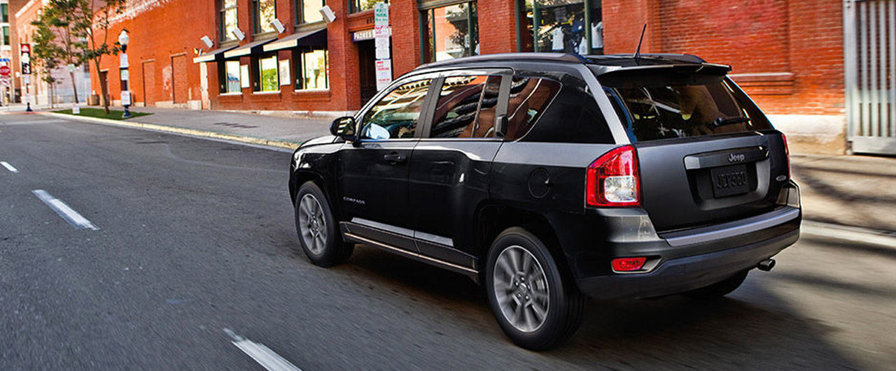 Large-Jeep-Compass-3