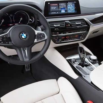 2018 BMW 5 Series interior dashboard