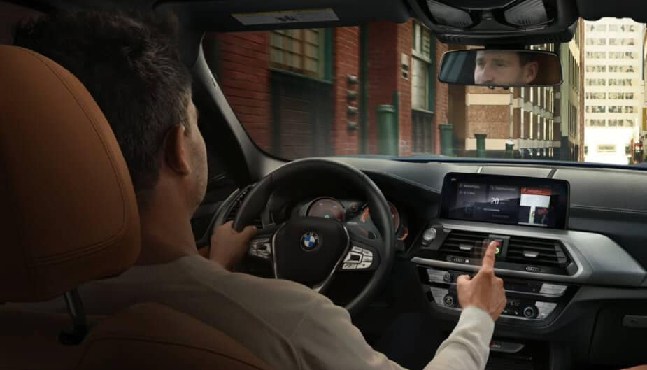 2018 BMW X3 interior cabin
