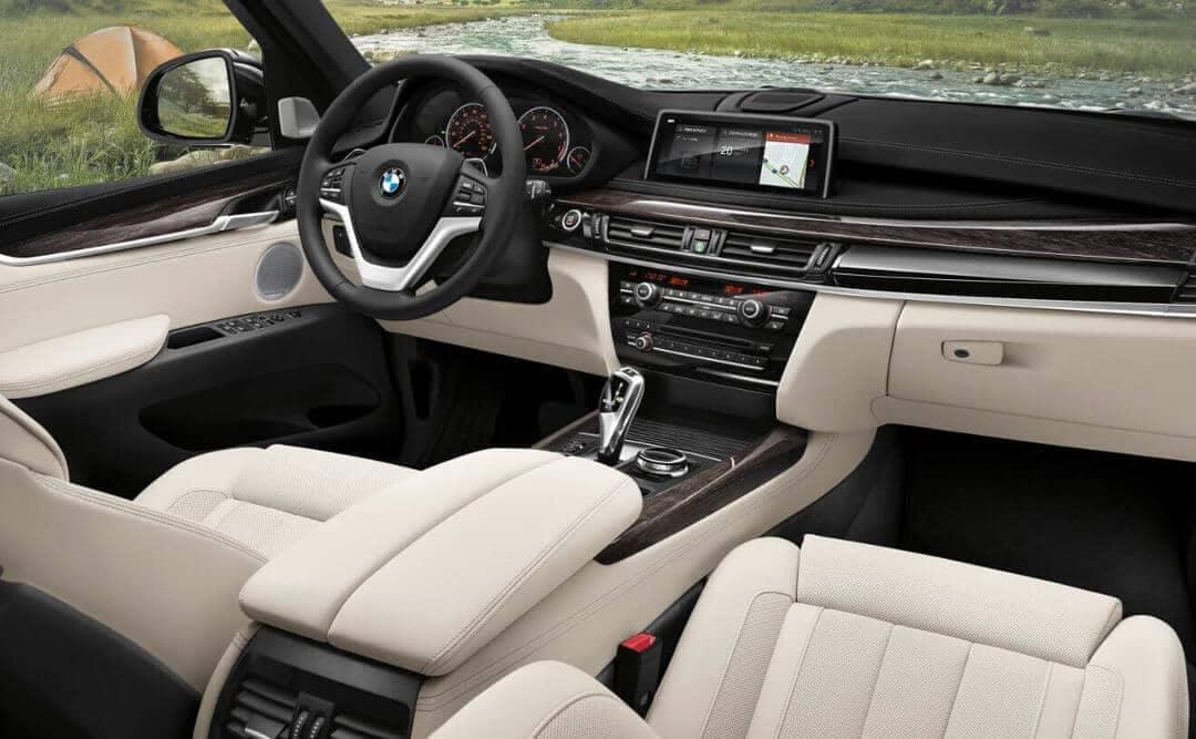2018 BMW X5 interior cabin