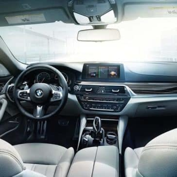 2019 BMW 5 Series dashboard
