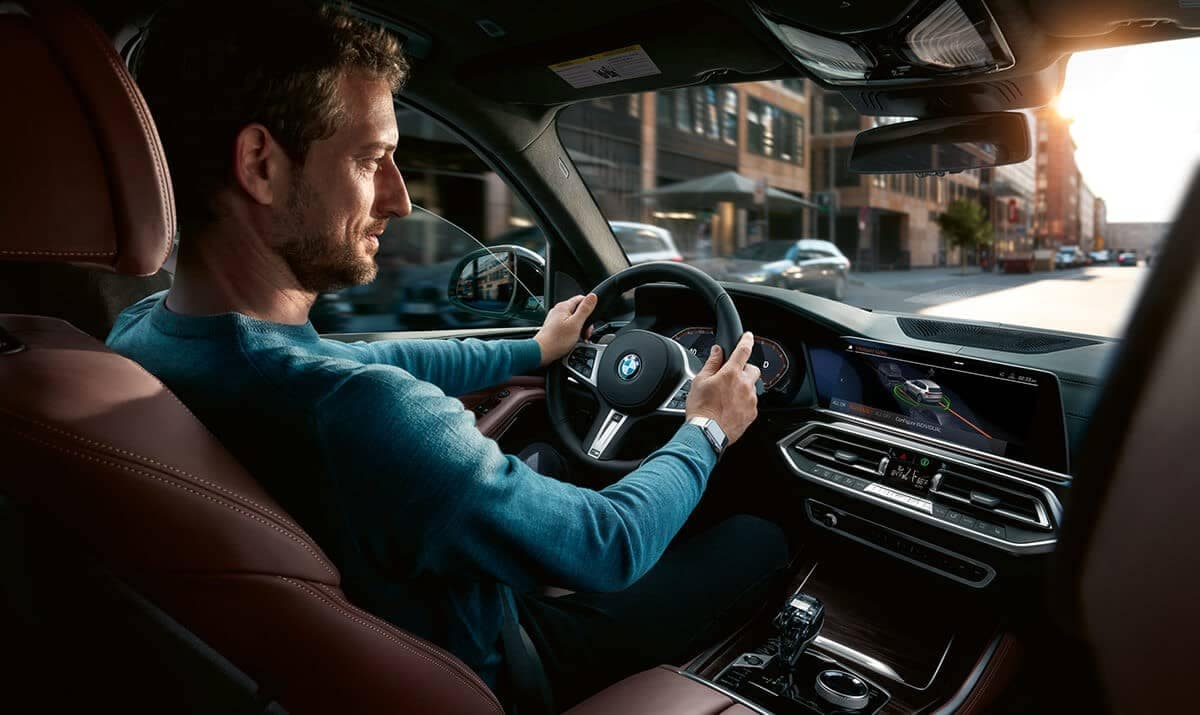 2019 BMW X5 interior driving