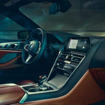 2019 BMW 8 Series front interior