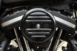 2016 Iron 833 engine