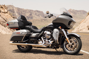 16-hd-road-glide-ultra-1-large