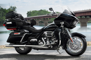 16-hd-road-glide-ultra-2-large1