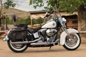 2016-Heritage-Softail-Classic