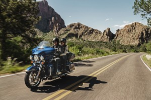 2016 electra glide ultra classic with riders