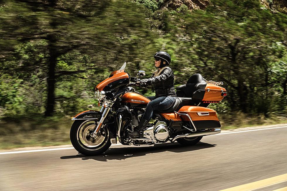2016 Ultra Limited Low Rawhide Harley Davidson