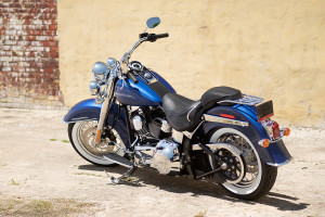 2016 Softail Deluxe exterior