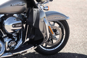 16-hd-electra-glide-ultra-classic-low-4-large