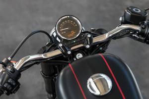 Harley-Davidson Roadster guages