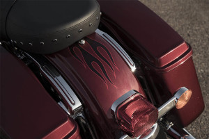 2017 Harley-Davidson Road King fender