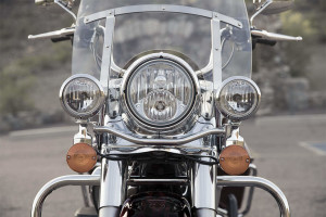 2017 Harley-Davidson Road King headlight