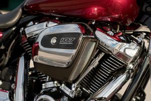 2017 Harley Street Glide Special engine
