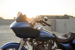 2017 Harley Davidson Road Glide Special handlebars