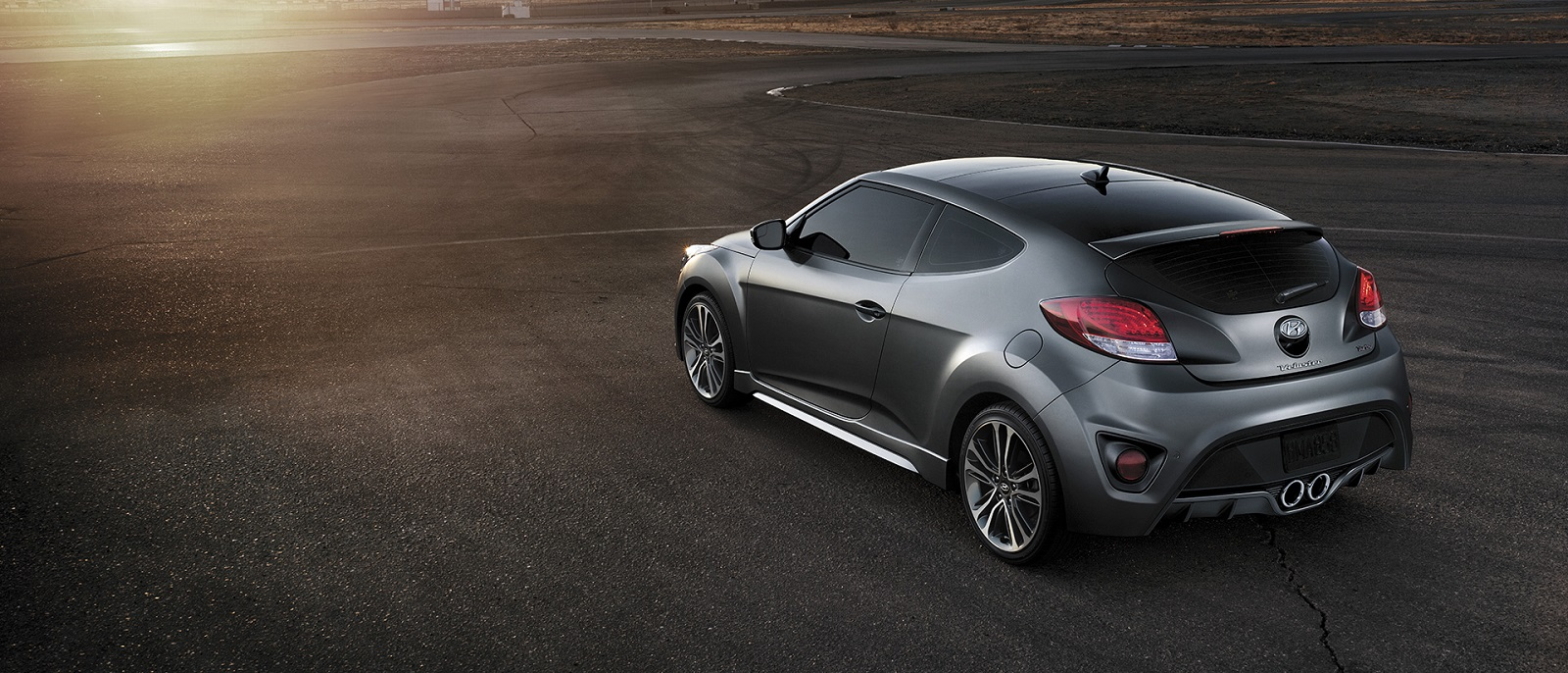 explore the 2017 hyundai veloster performance interior exterior. Black Bedroom Furniture Sets. Home Design Ideas