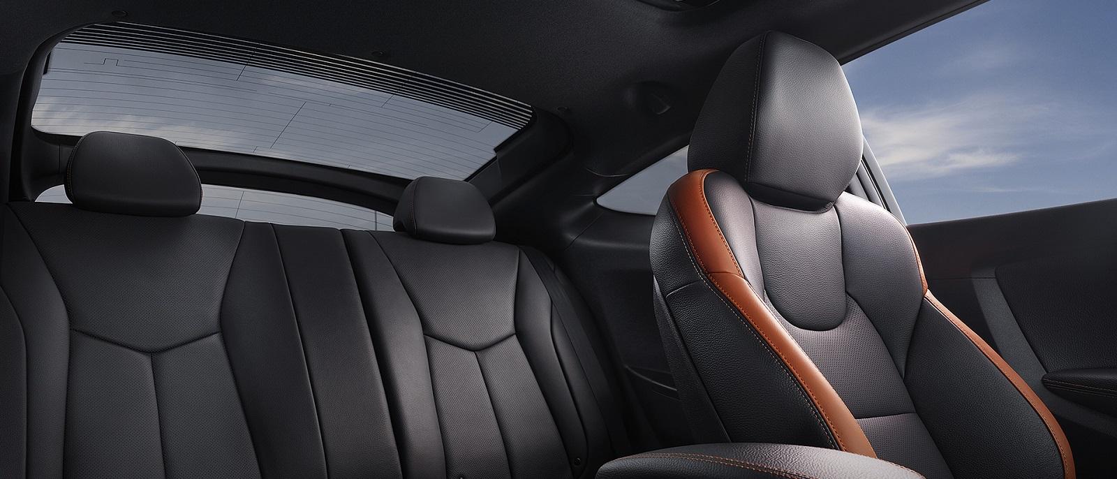 Explore The 2017 Hyundai Veloster Performance Interior Exterior