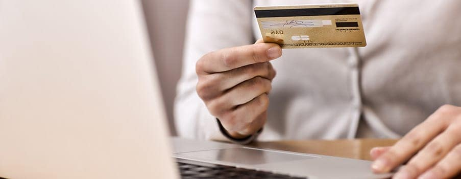 Paying-Credit-Card-Bill