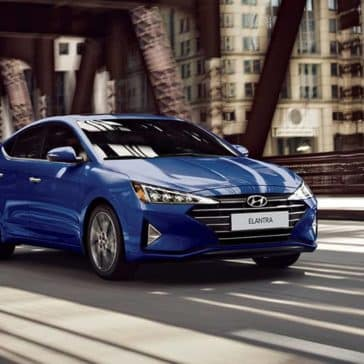 2020 Hyundai Elantra CA Driving