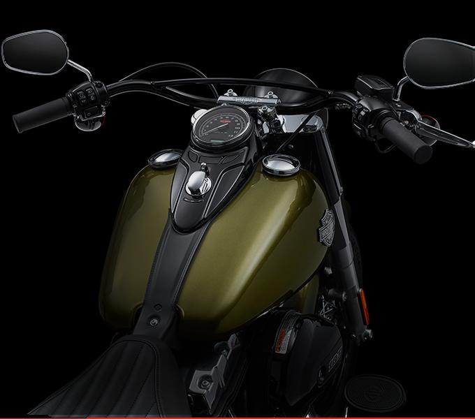 Harley-Davidson® Softail Slim® style