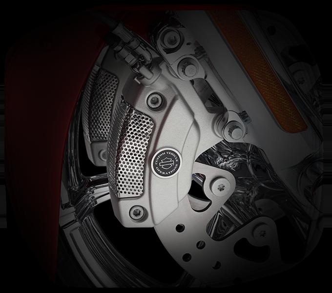 Harley-Davidson CVO™ Limited control