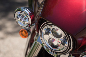 2016 Harley-Davidson Ultra Limited headlamp