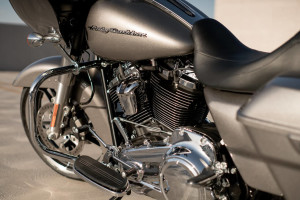 2017 Harley-Davidson® Road Glide® engine