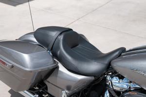 2017 Harley-Davidson® Road Glide® seat