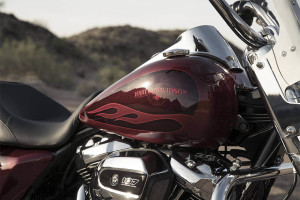 2017 Harley-Davidson® Road King® gas tank