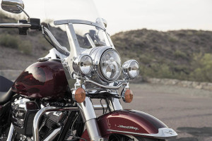 2017 Harley-Davidson® Road King® headlight