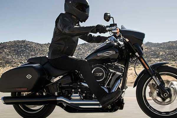 The All New 2018 Sport Glide™ | Riverside Harley-Davidson