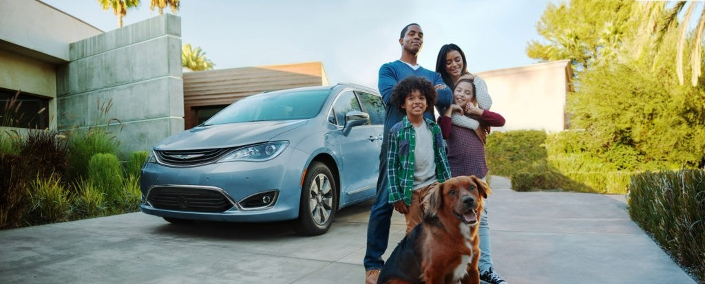 2017 Chrysler Pacifica Hybrid - Financing your Pacifica van