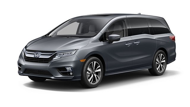 Gray 2018 Honda Odyssey minivan in Milwaukee, WI