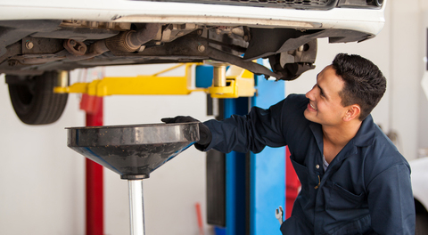 Oil Change Service and Coupons Milwaukee Waukesha Wisconsin