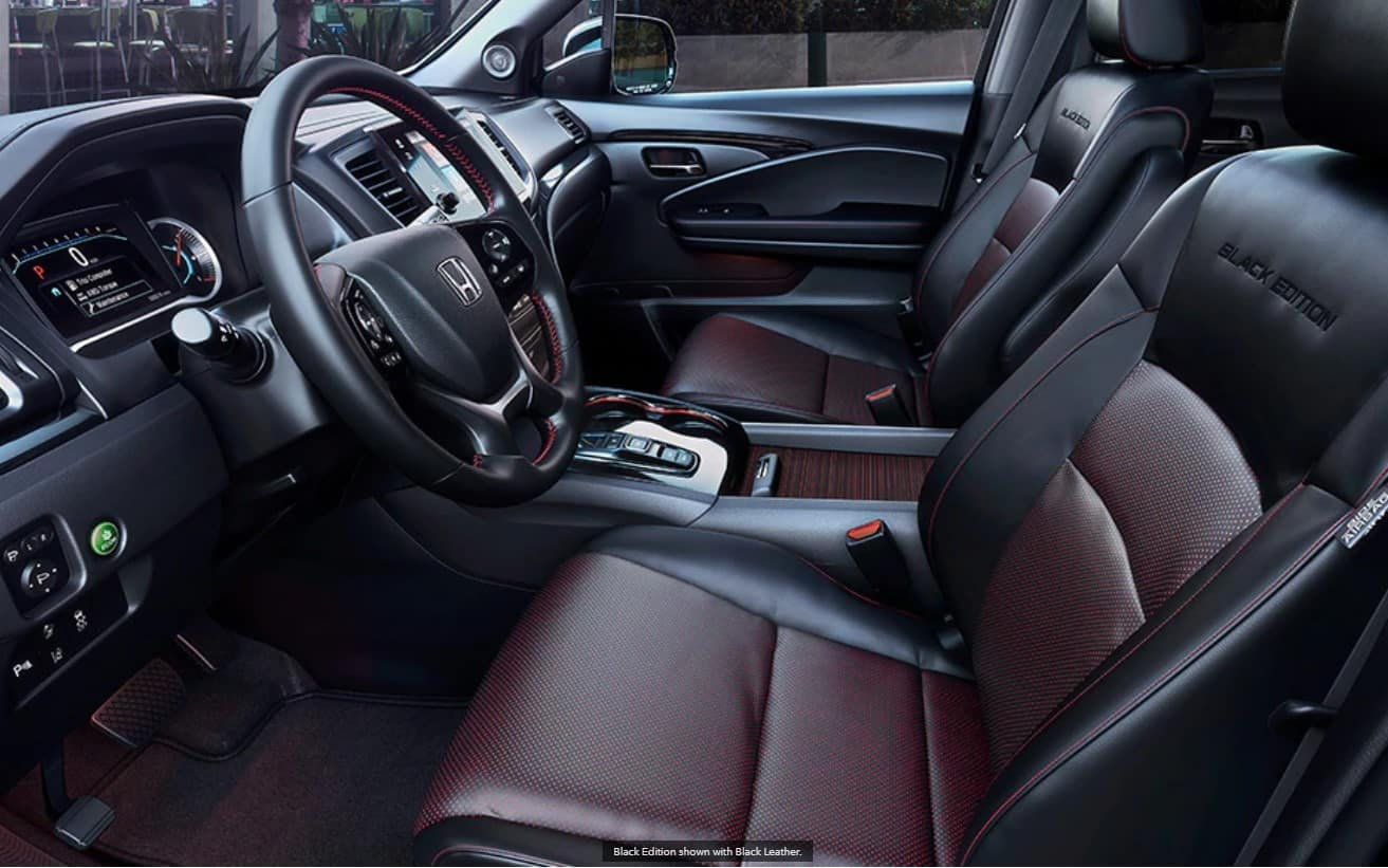 2020 Honda Pilot Interior black edition