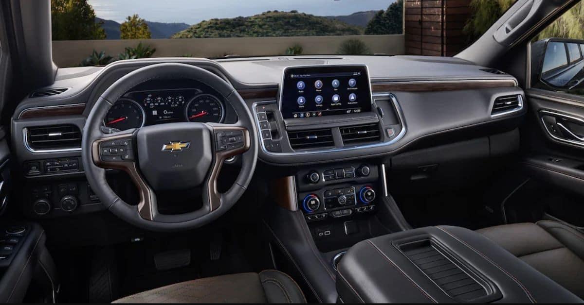 2021 Chevrolet Suburban Interior And Dashboard